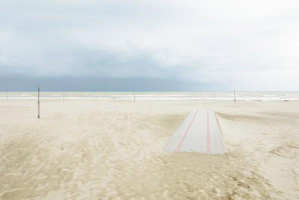 Confini 1 Stampa fotografica su Fine Art Paper - Photo Rag Bright White su pannello bianco 10mm  cm 50x75 di Luca Moretti